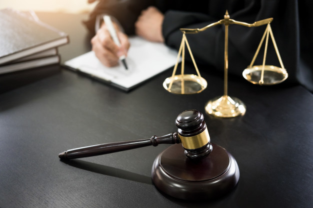 Points to Consider While Picking a Really Good Crook Attorney